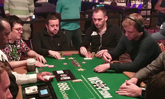 Анте в покере
