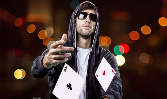 Покерный игрок акула